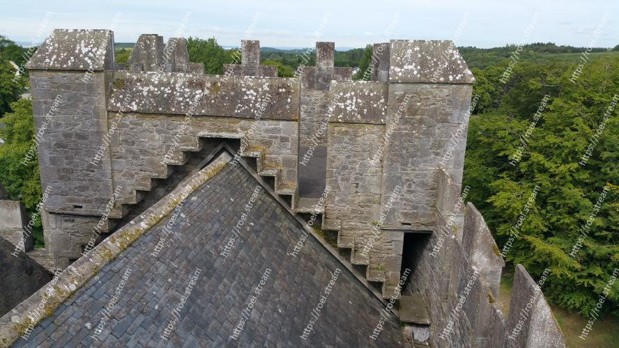 Image of Fortification, Wall, Ruins, Archaeological site, Castle, Historic site, Building, Architecture, Roof Bunratty Castle