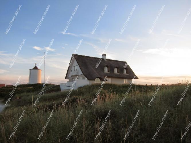 Image of Sky, House, Rural area, Grass family, Grass, Cloud, Architecture, Prairie, Roof, Tree