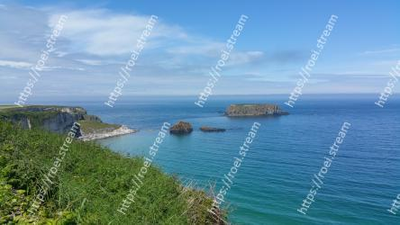 Body of water, Coast, Sea, Headland, Coastal and oceanic landforms, Promontory, Bight, Ocean, Natural landscape, Bay