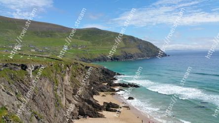 Coast, Body of water, Headland, Sea, Coastal and oceanic landforms, Cliff, Promontory, Bight, Shore, Beach