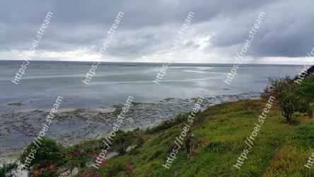 Body of water, Coast, Sky, Shore, Sea, Cloud, Natural environment, Natural landscape, Beach, Coastal and oceanic landforms