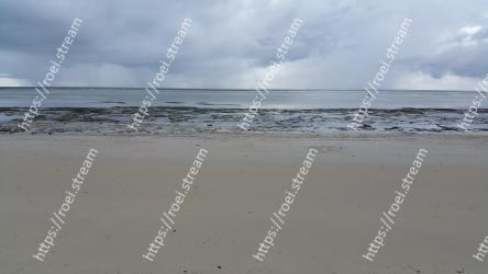 Body of water, Sea, Beach, Sky, Ocean, Shore, Water, Sand, Natural environment, Horizon