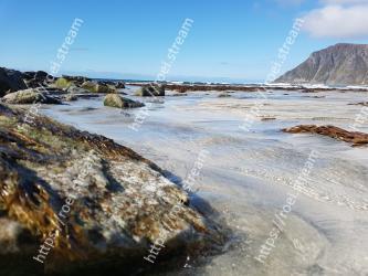 Body of water, Coast, Beach, Shore, Sea, Water, Rock, Sky, Ocean, Coastal and oceanic landforms