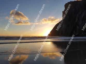 Sky, Body of water, Sea, Water, Nature, Ocean, Coast, Horizon, Cloud, Reflection