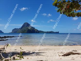 Body of water, Beach, Sea, Natural landscape, Sky, Shore, Ocean, Tropics, Coast, Coastal and oceanic landforms Cadlao Resort & Restaurant