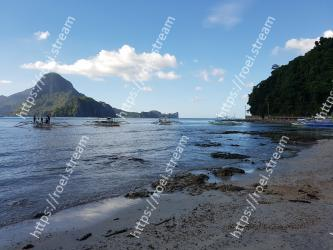 Body of water, Beach, Sky, Sea, Coast, Ocean, Water, Shore, Coastal and oceanic landforms, Natural landscape
