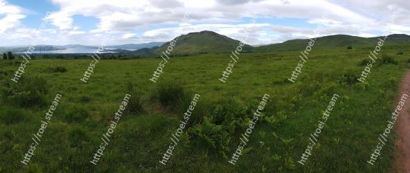 Mountainous landforms,Highland,Grassland,Vegetation,Hill,Natural environment,Mountain,Nature,Pasture,Natural landscape