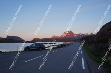 Road, Mountainous landforms, Highland, Mountain, Highway, Sky, Mountain range, Road trip, Infrastructure, Mode of transport