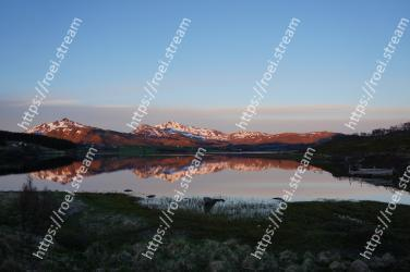 Body of water, Nature, Reflection, Highland, Sky, Lake, Wilderness, Natural landscape, Loch, Tarn