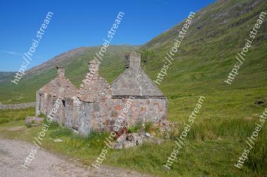 Wall, Highland, Mountain, Grass, Grassland, Rural area, Fell, Ruins, Stone wall, Landscape