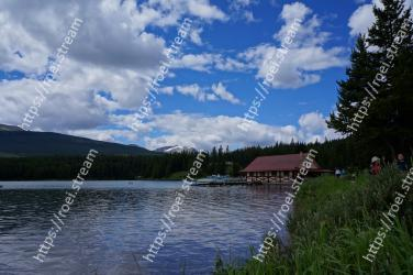 Body of water, Nature, Lake, Sky, Water, Natural landscape, Wilderness, Water resources, Reservoir, River