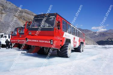 Snow, Vehicle, Transport, Mode of transport, Geological phenomenon, Winter, Piste, Wheel, Mountain, Glacial landform