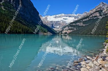 Body of water, Natural landscape, Mountainous landforms, Mountain, Nature, Lake, Tarn, Glacial lake, Water resources, Wilderness Lake Louise, Plain of the Six Glaciers