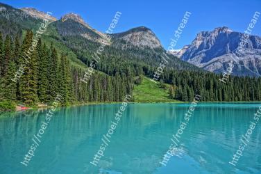 Body of water, Natural landscape, Mountain, Mountainous landforms, Nature, Tarn, Wilderness, Lake, Water, Glacial lake Emerald Lake