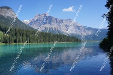 Body of water, Mountain, Natural landscape, Nature, Mountainous landforms, Lake, Reflection, Wilderness, Tarn, Water Emerald Lake