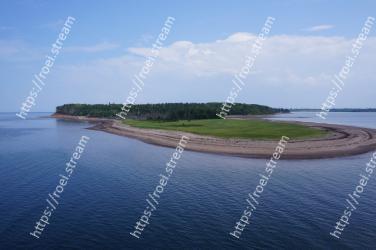 Body of water, Water resources, Water, Sea, Coastal and oceanic landforms, Coast, Shore, Ocean, Island, Inlet