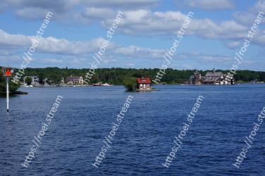 Body of water, Water, Sky, Waterway, Sea, River, Water resources, Lake, Ocean, Boat