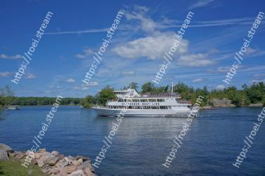 Water transportation, Motor ship, Boat, Luxury yacht, Sky, Yacht, Vehicle, Waterway, Passenger ship, Ship
