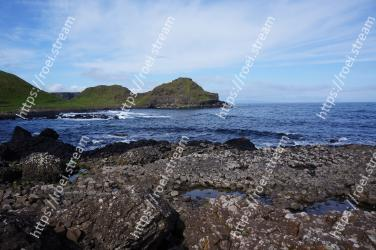 Body of water, Coast, Sea, Shore, Ocean, Rock, Coastal and oceanic landforms, Beach, Headland, Sky