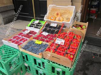 Local food, Fruit, Vegetable, Plant, Food, Marketplace, Whole food, Produce