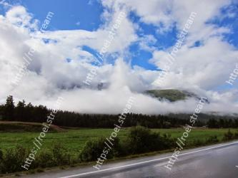 Sky, Cloud, Daytime, Nature, Natural landscape, Road, Cumulus, Atmospheric phenomenon, Meteorological phenomenon, Highland