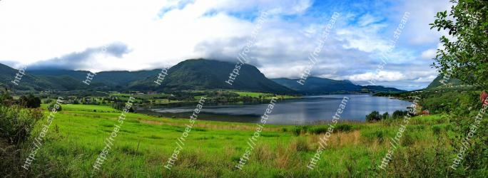 Highland, Natural landscape, Body of water, Nature, Lake, Water resources, Loch, Hill, Mountainous landforms, Wilderness
